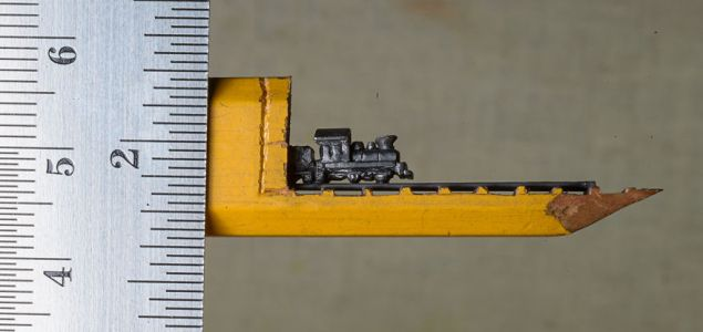 I-found-a-carpenter-pencil-in-the-shop-and-turned-it-into-a-train-1__880